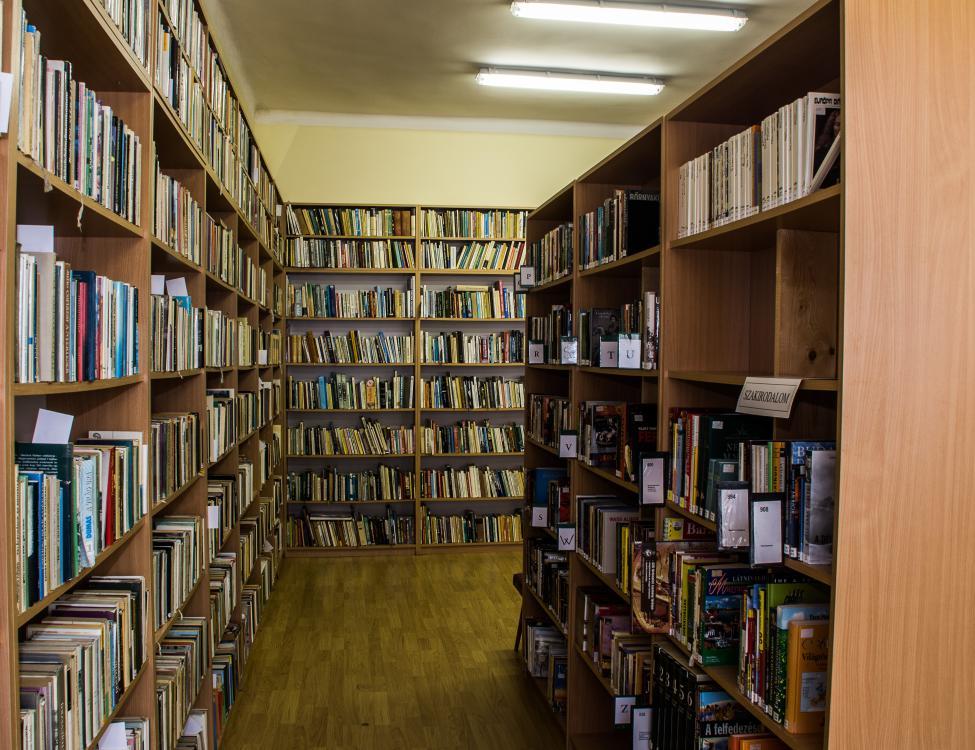 Magyarbóly könyvtár