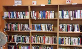 Kislippó könyvtár
